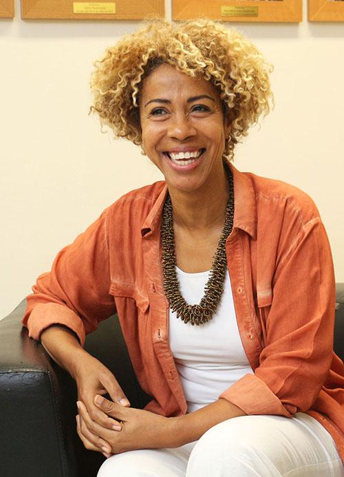 Profa. Dra. Isabel Cruz - Titular/UFF (1994)